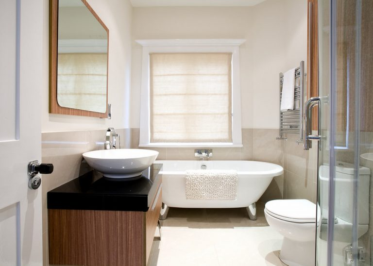 5 Tips on How to Refurbish a Bathroom Cheaply on a Budget