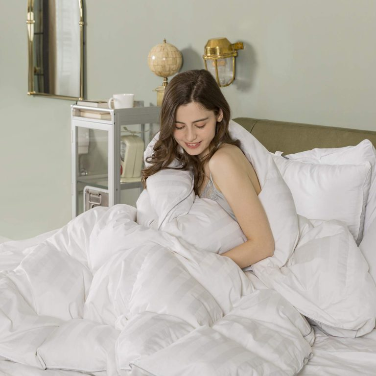 Top 10 Best Fluffy Down Comforters Worth the Money in 2021