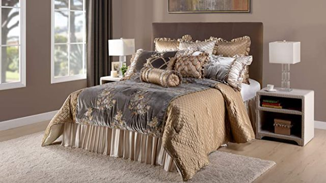 12 Best Luxury King Size Comforter Sets-2021 Reviews