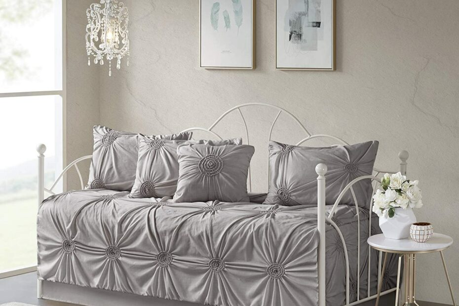 Best Daybed Bedding Sets