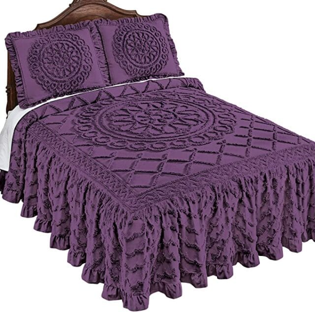 3 Reasons to Buy a Chenille Bedspread- Benefits of Chenille