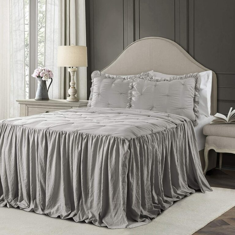 7 Best King Size Bedspreads Reviewed