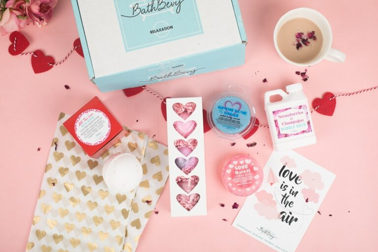Top 7 Bath Subscription Boxes Women are Loving