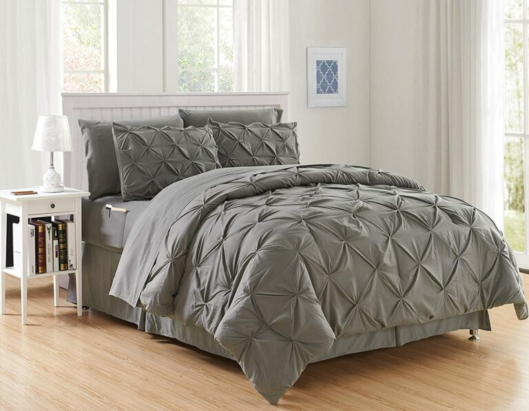 Reasons Why This Elegant Comfort Comforter is So Popular
